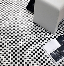 Mozaika szklana podłogowa płytki Czarna+Biała KM107 szachownica